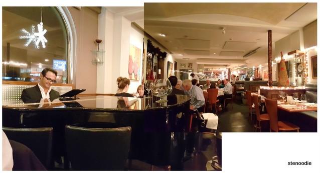 ViBo Restaurant grand piano