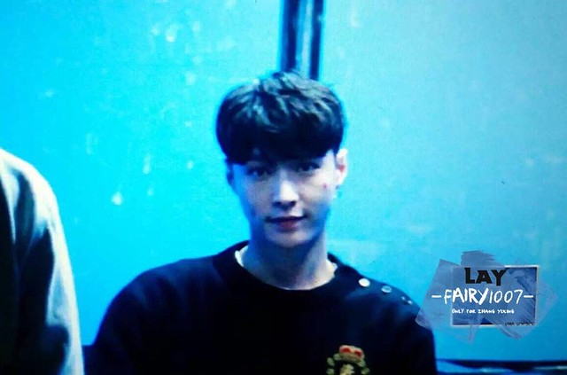 161113 Lay at Lose Control Fansign