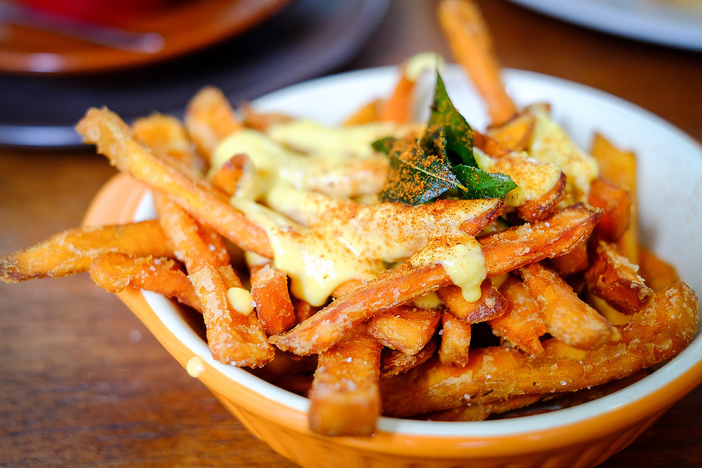 Tiong Bahru Cafes: Sin Lee Foods Salted Egg Sweet Potato Fries