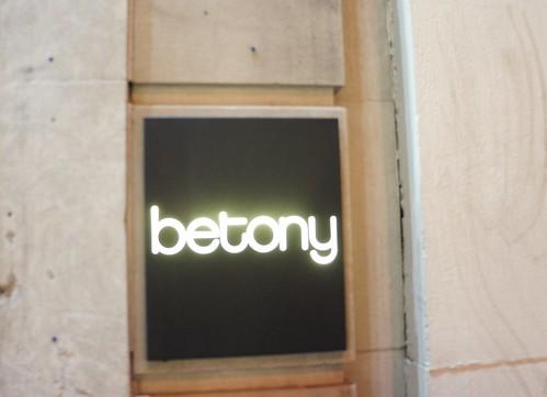 Betony Exterior Sign