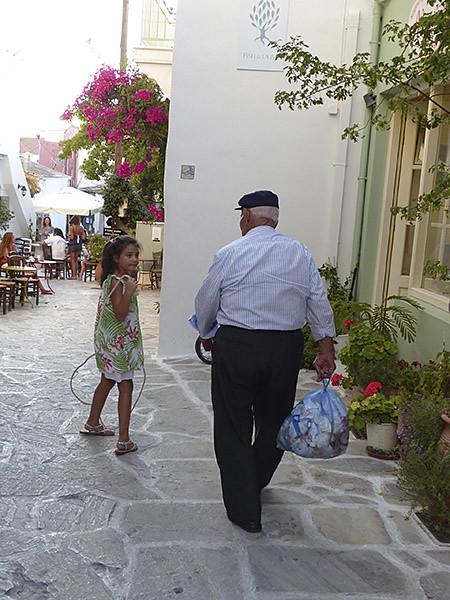 viel homme et enfant à Halki