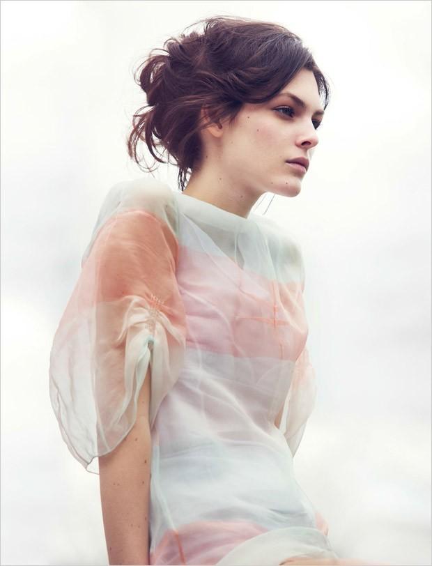 Vittoria-Ceretti-Vogue-China-David-Bellemere-04-620x812