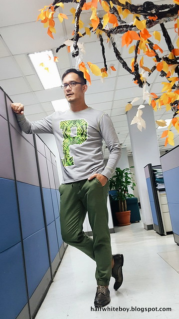 halfwhiteboy green and gray outfit 03