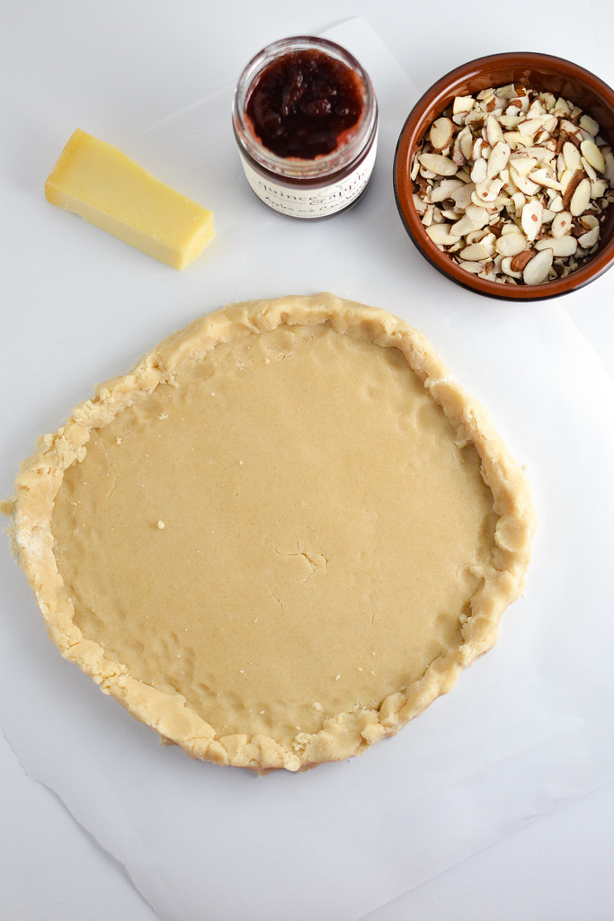 Freeform Shortbread Tart with Quince & Apple Jam | Things I Made Today