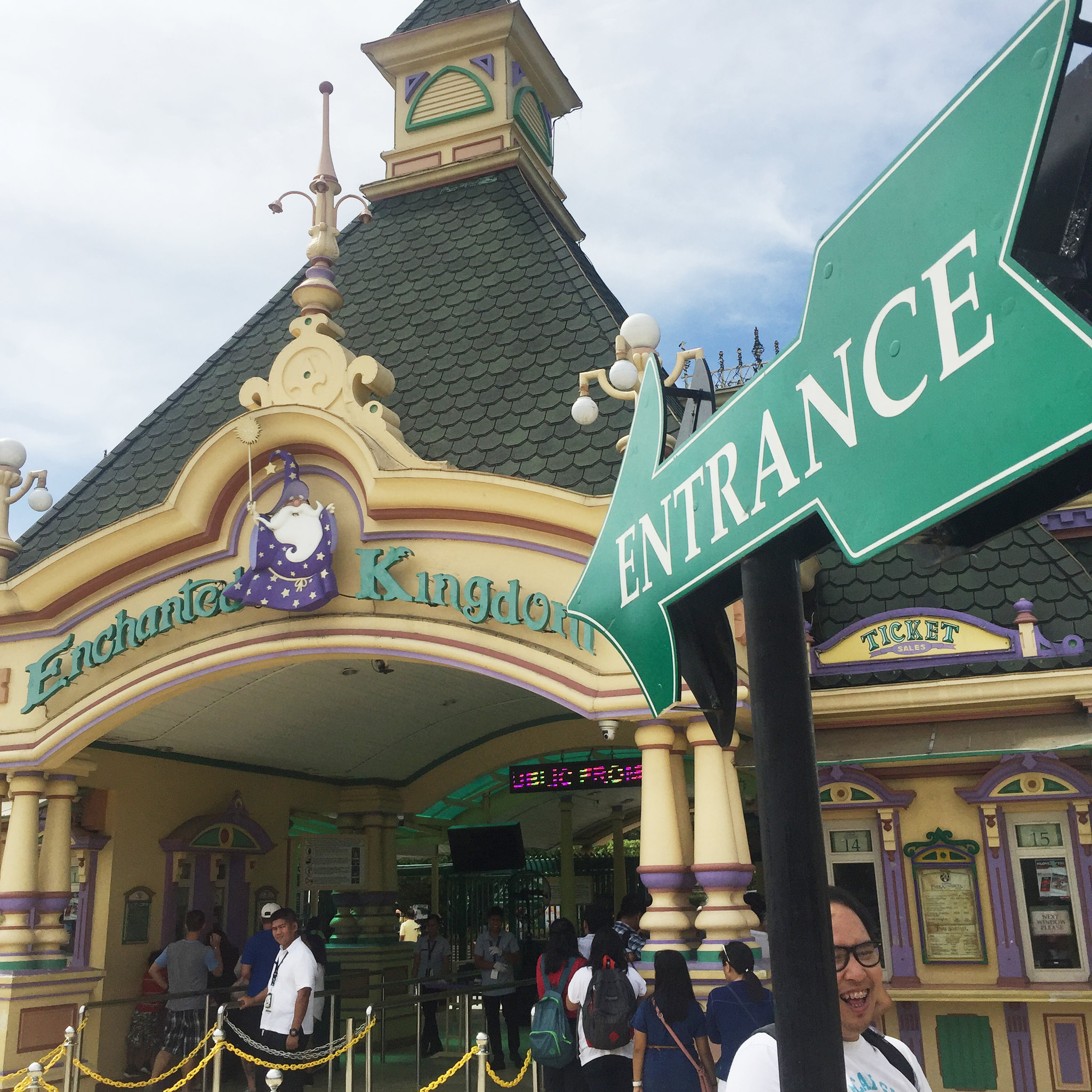 Patty Villegas - The Lifestyle Wanderer - Enchanted Kingdom -6