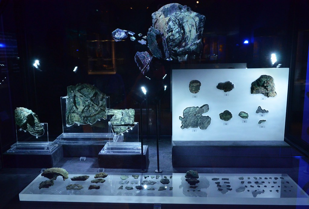 The Antikythera mechanism - The first computer