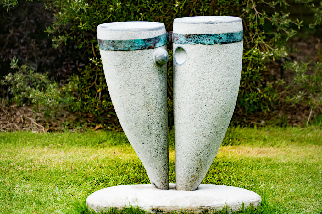 HIS AND HERS BIRD BATH BY KATE ORAM [SCULPTURE IN CONTEXT 2015]-1237809