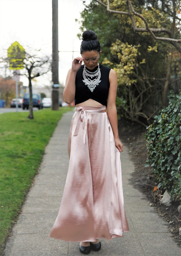 holiday party outfit idea: blush maxi wrap skirt