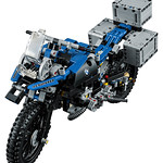 LEGO Technic 42063 BMW R 1200 R Adventure 07