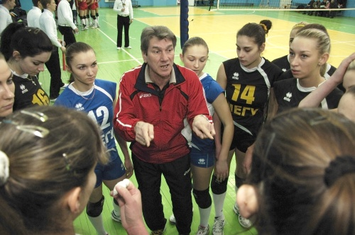 У найближчі п'ятницю та суботу волейболістки рівненської «Регіни-МЕГУ» вийдуть на старт чергового чемпіонату Суперліги. Гратиме наша команда на виїзді проти «Орбіти».