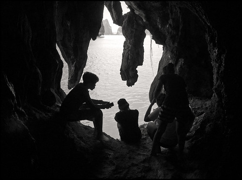 Tham Gaew Cave