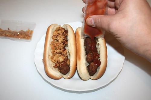 05 - Abbelen Schweden Dog -  Ketchup hinzufügen / Add ketchup