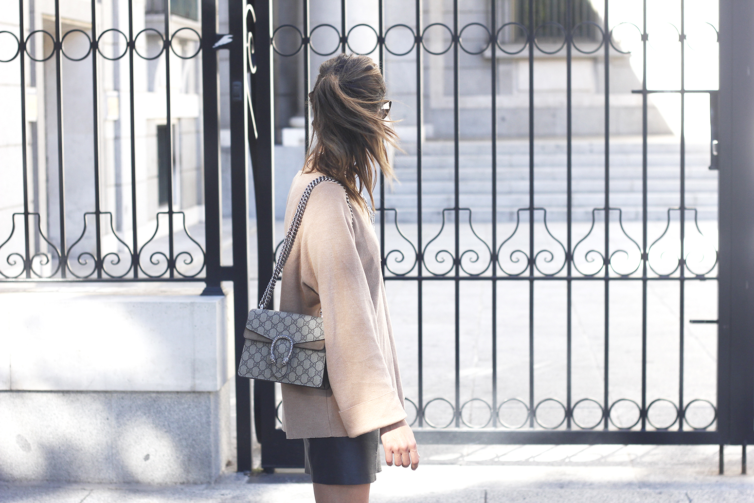 nude sweater leather skirt heels sunnies gucci bag fashion outfit style05