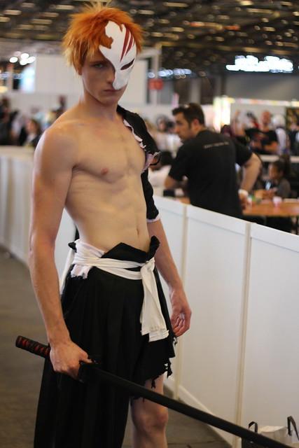 Cosplay de Kurosaki Ichigo de Bleach (Glénat) à Japan Expo 2014