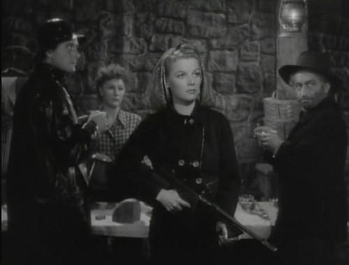 Edge of Darkness - 1943 - screenshot 2