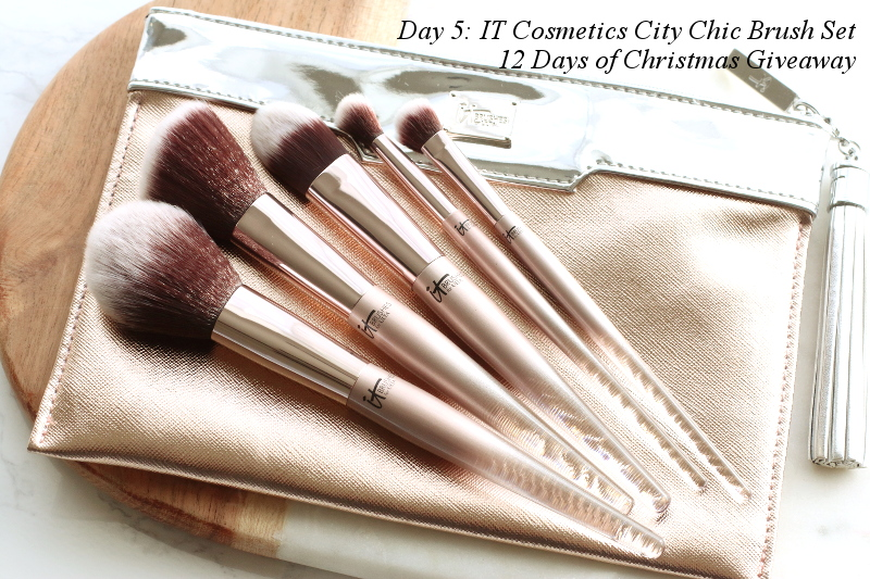 it-cosmetics-makeup-brushes-giveaway-16