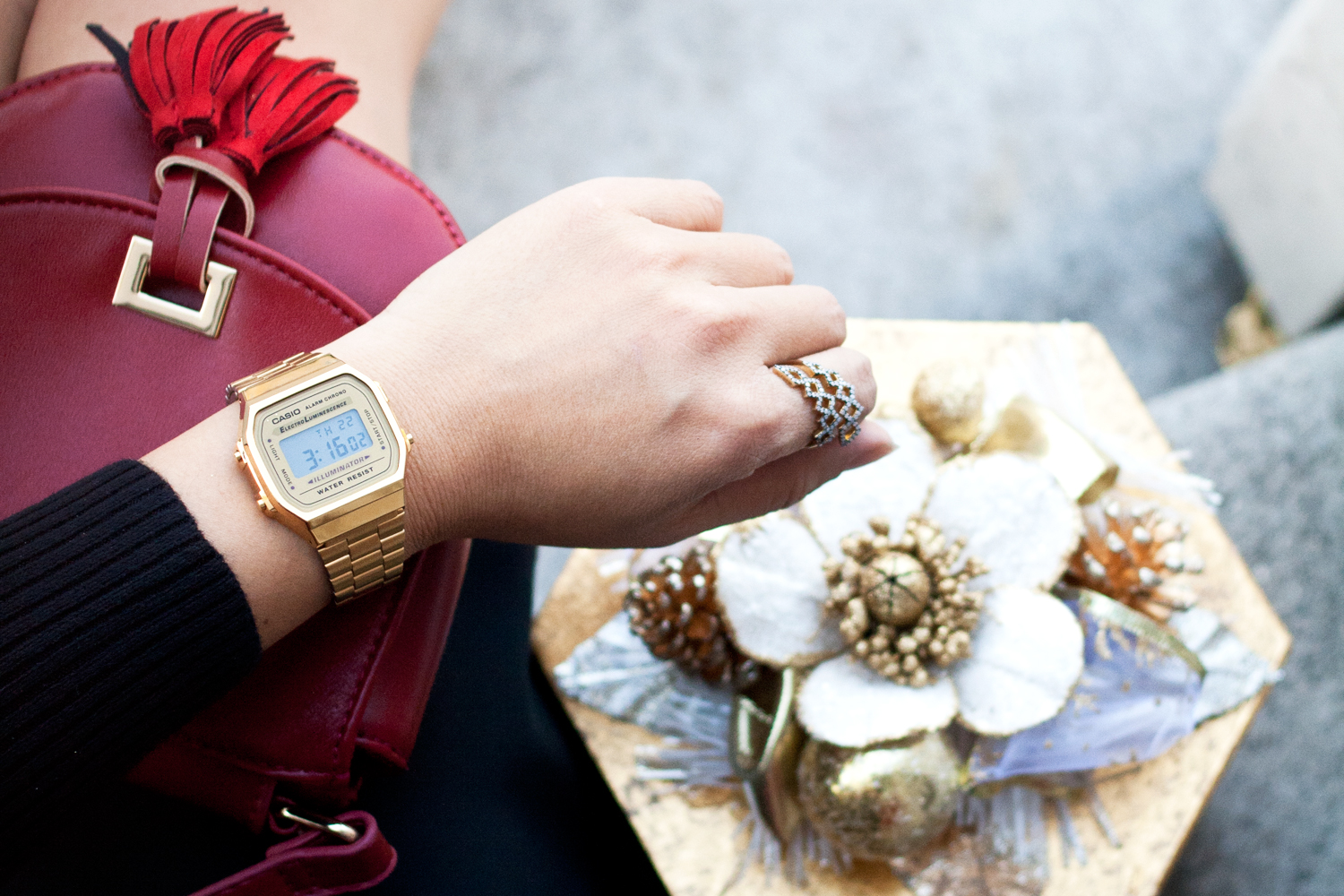 09casio-vintage-gold-watch-holiday-style-fashion