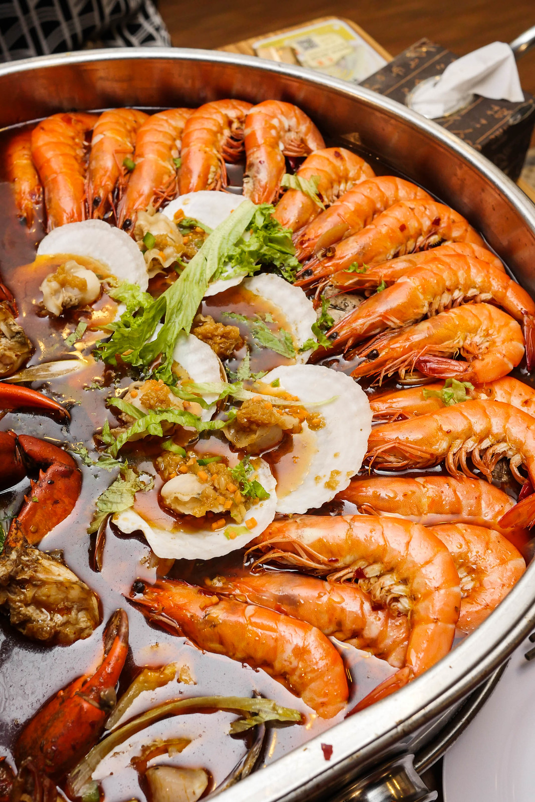 Jiu Gong Ge Hotpot: seafood set for 4-5 pax