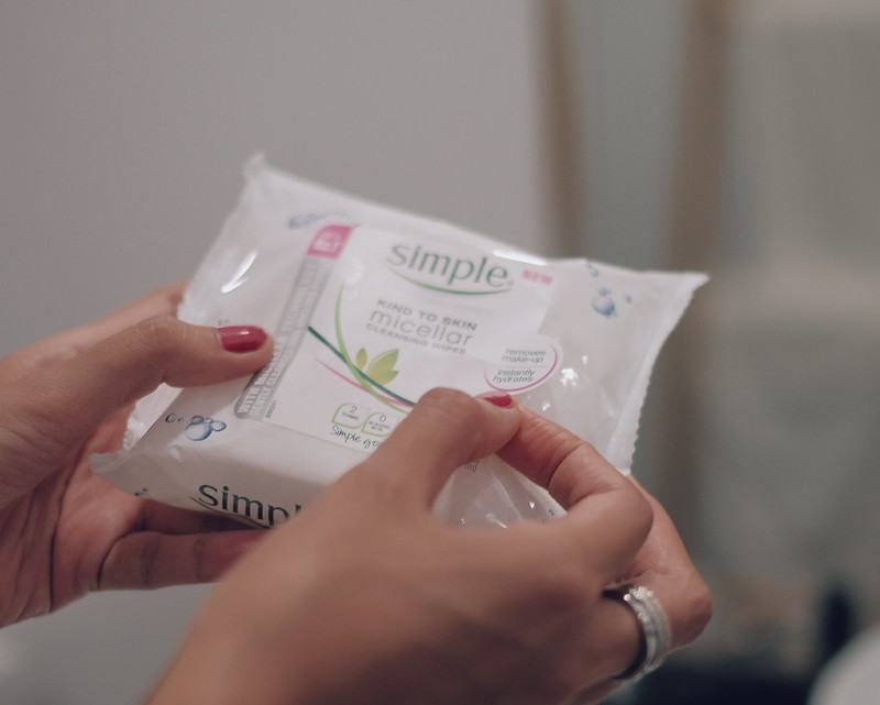 Simple Micellar Cleansing Facial Wipes Review Philippines