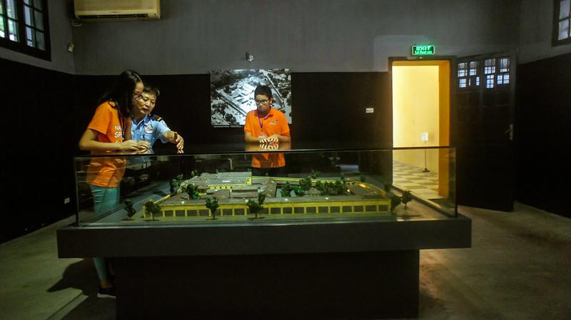 Buổi học trải nghiệm tại nhà tù Hỏa Lò