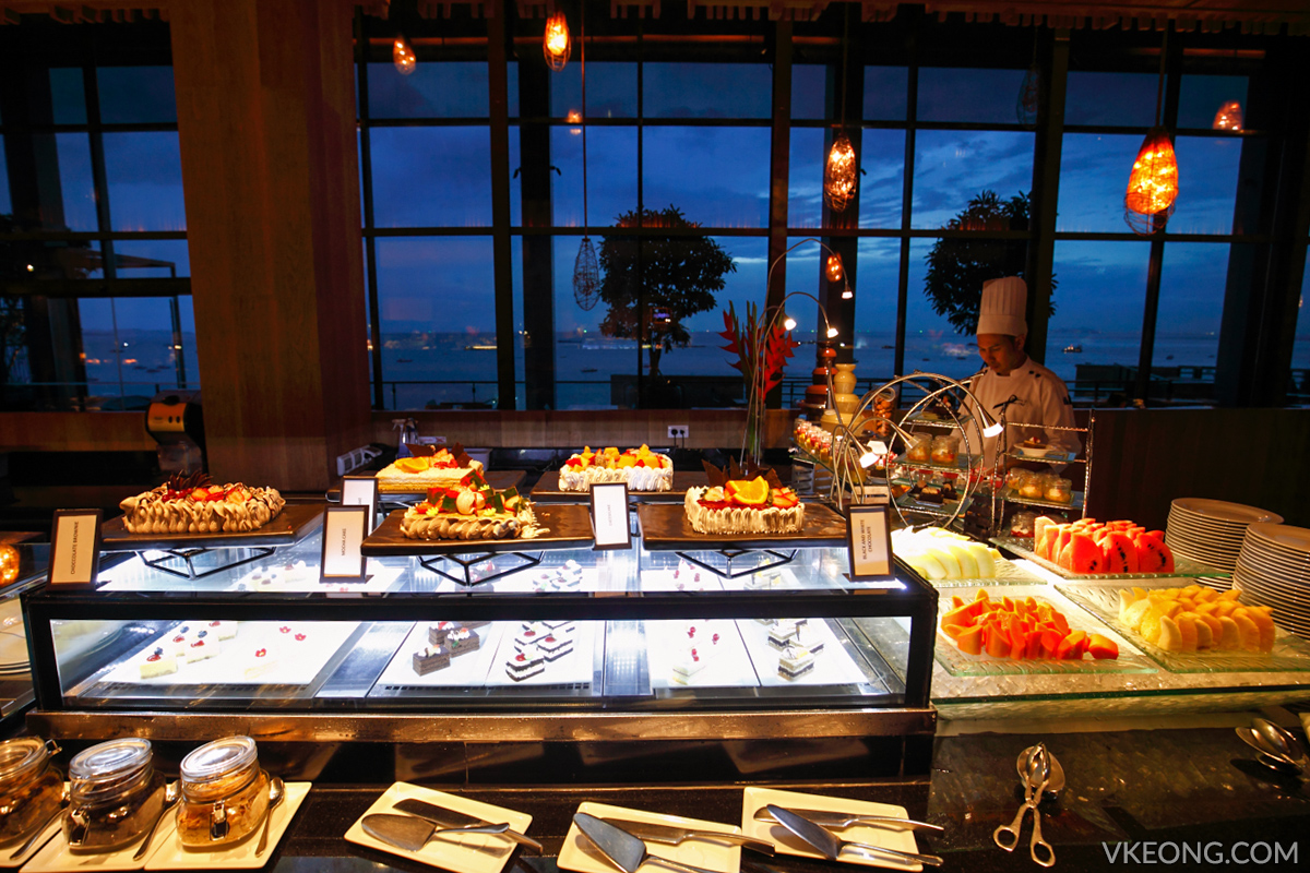 Edge Hilton Pattaya Buffet Dessert Counter