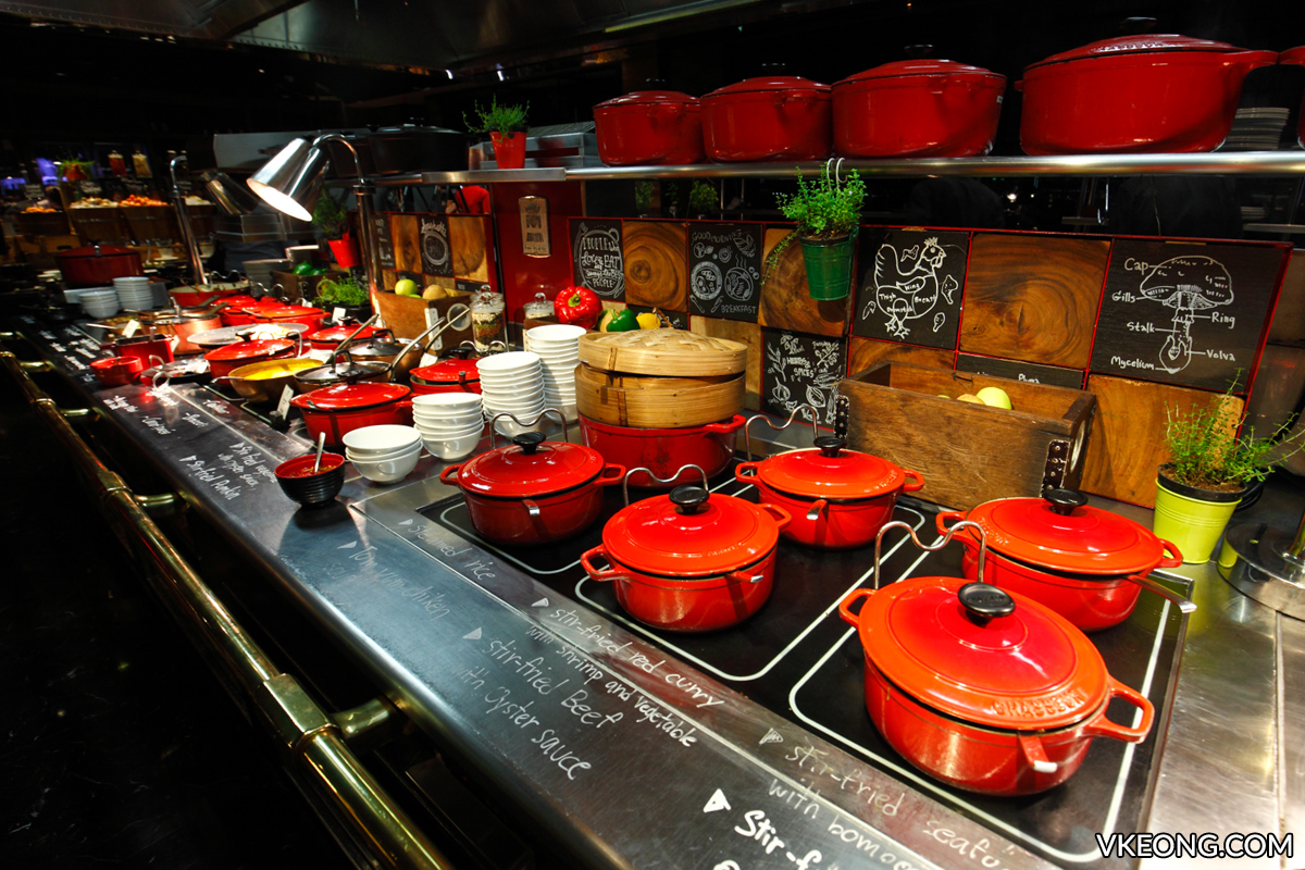 Red Oven So Sofitel Buffet Hot Dishes