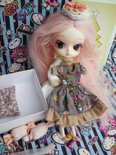 Montmorency's gift from Feriha and Offgenemi 31350063620_96d05ee548