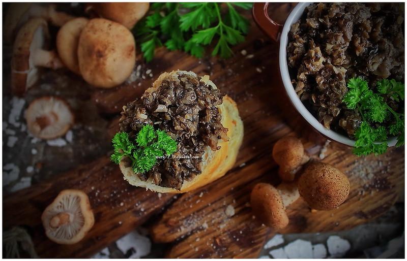 ...Crostata mushroom