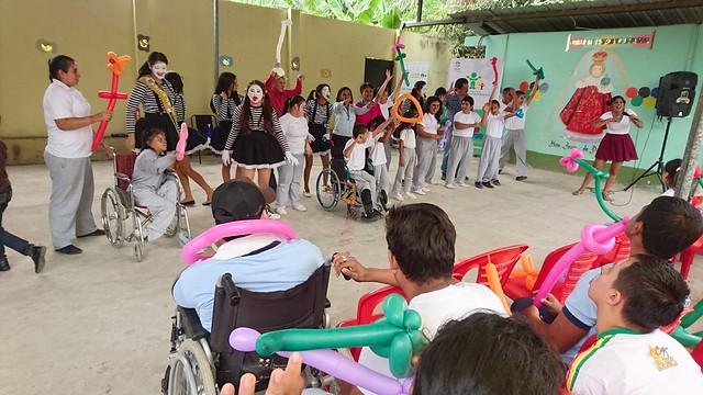 Una mañana de confraternidad compartieron niños con discapacidad