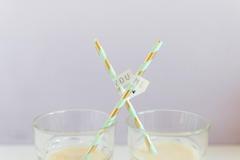 Add names and little images to your paper straw with the help of personal organizer Brother's labeller