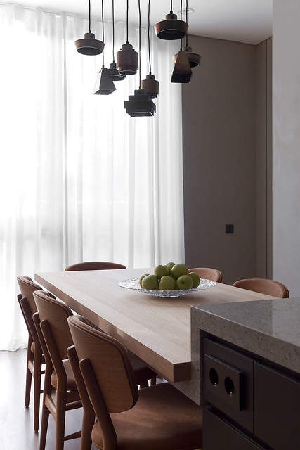 Restrained and luxury residence by Form Bureau Sundeno_03