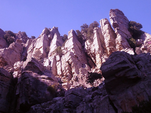 EGRf062: Amazing rock formations inside the passage to the canyon