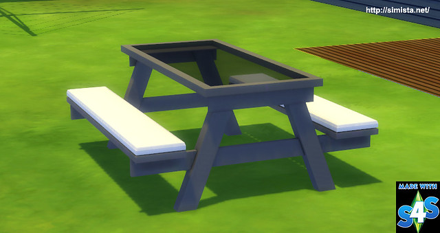 Glass-Picnic-Table-02