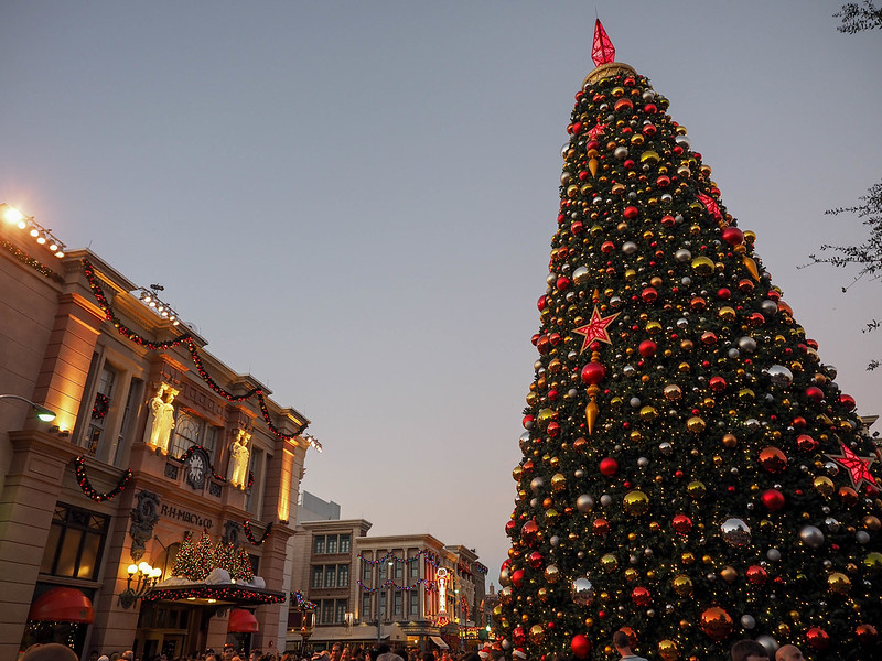 Universal Studios Christmas tree