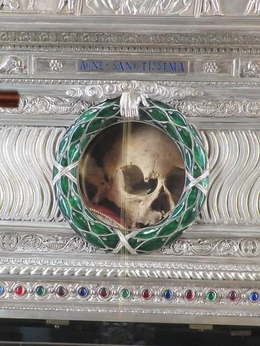 capul Sfintei Mucenite Agni