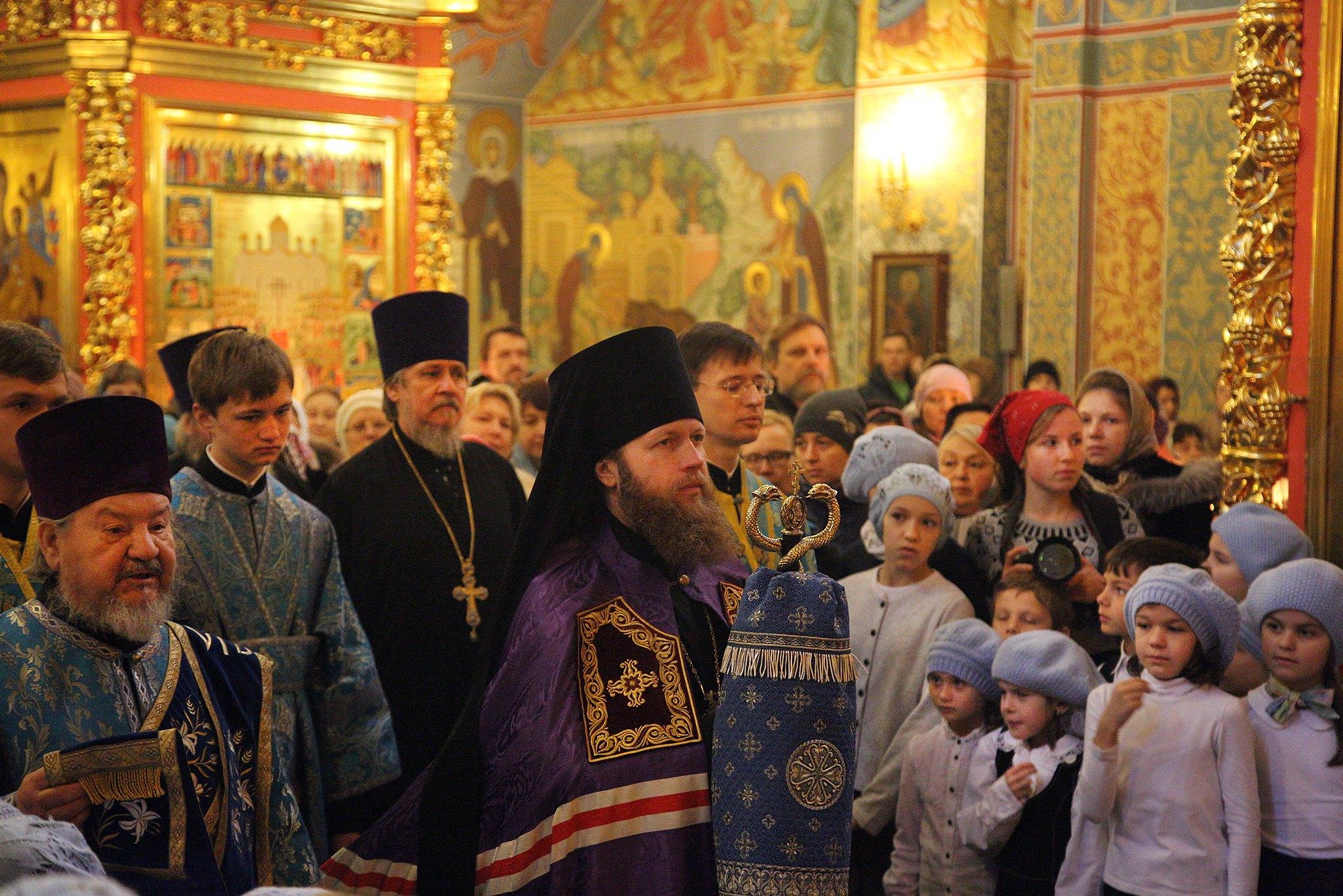Введенская церковь храмового комплекса прп. Сергия Радонежского на Рязанке отметила престольный праздник