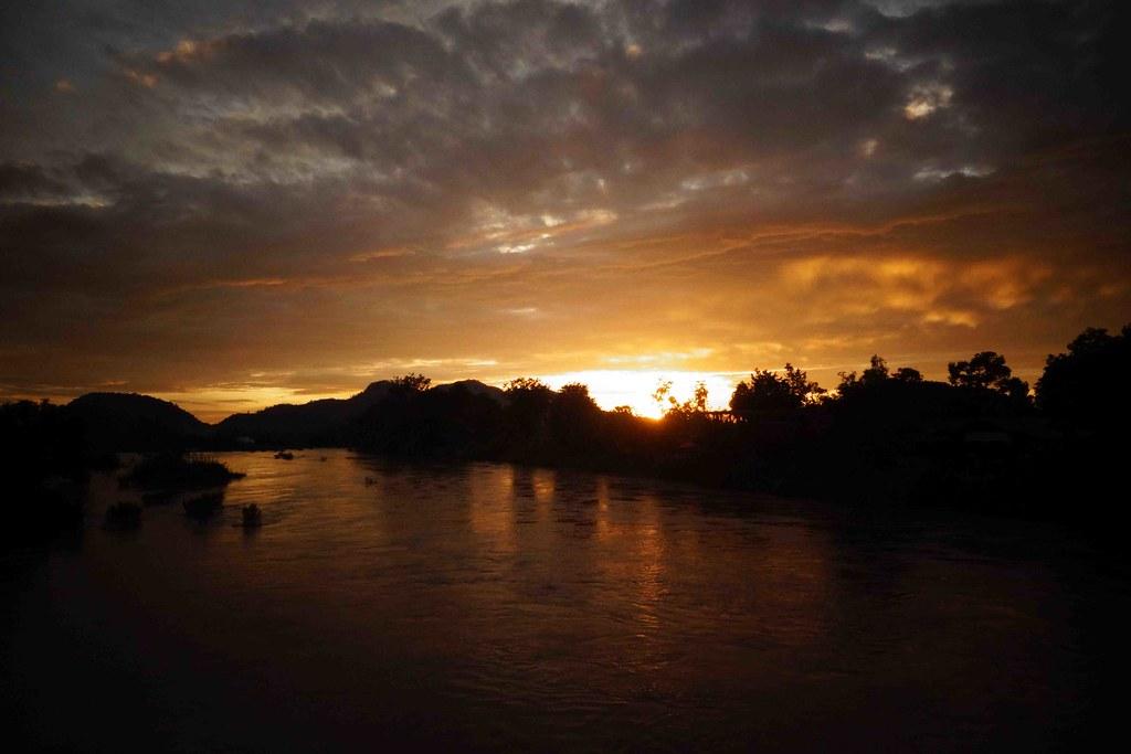 Don Khone - Coucher de soleil 1