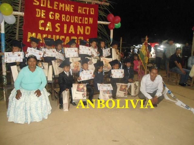 NIÑOS Y NIÑAS DEL COLEGIO PEDRO DOMINGO MURILLO DE 'LA ASUNTA' SE GRADUARON DEL NIVEL INICIAL EN YUNGAS