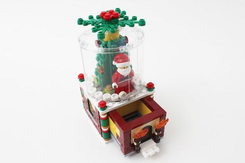 LEGO Seasonal Snowglobe (40223)