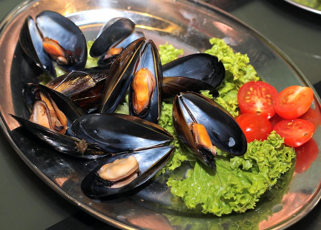 wah-kee-mussels