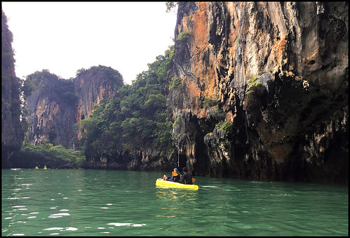 Kayaking at Koh Hong