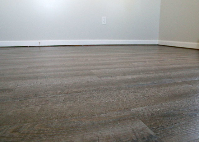 Peel Stick Flooring Driftwood