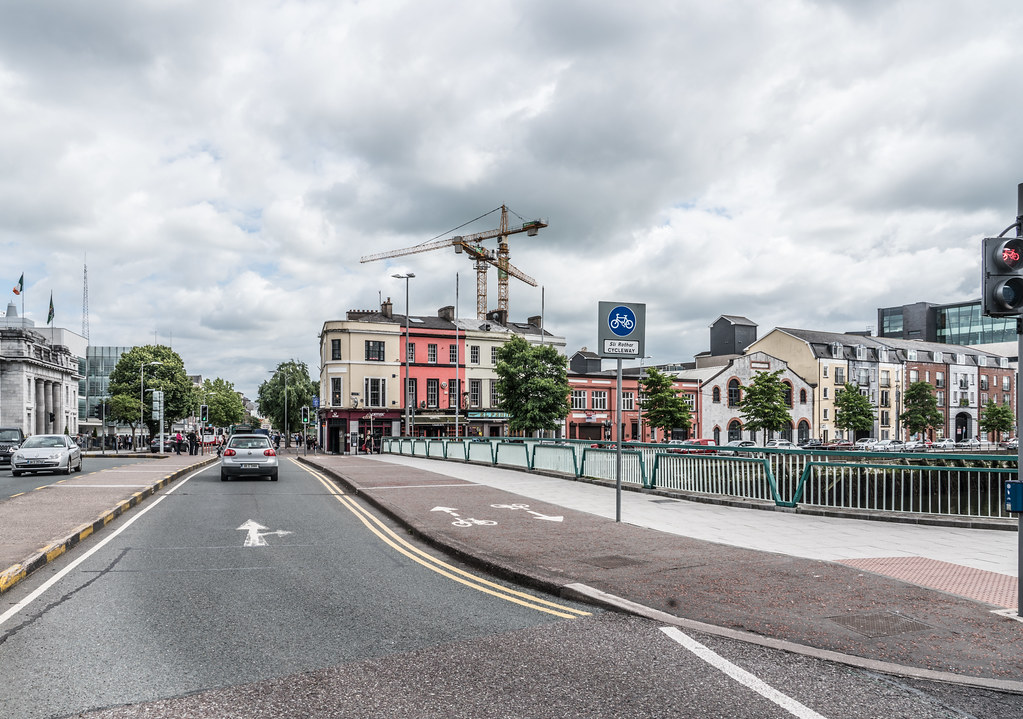 PARNELL BRIDGE IN CORK CITY [OPENED TO THE PUBLIC IN 1971]-122568
