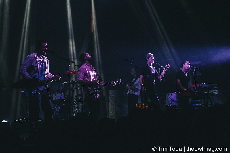 Local Natives @ Terminal 5, NYC 10-26-16-10