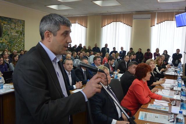 Депутат-радикал хоче комунальний заклад облради