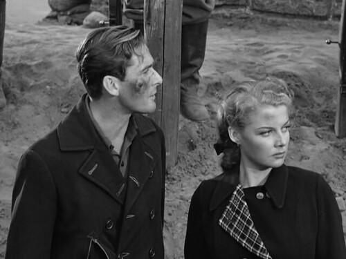 Edge of Darkness - 1943 - screenshot 9