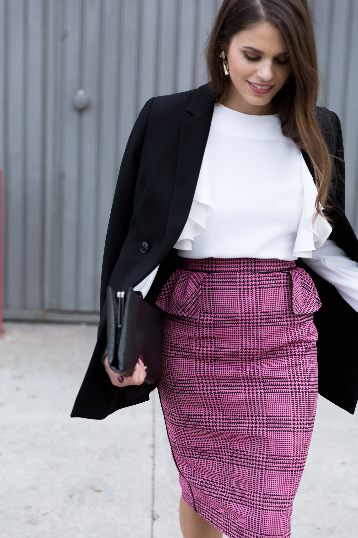 Jessie Chanes Seams for a desire - pink black houndstooth skirt white top apparentia -10