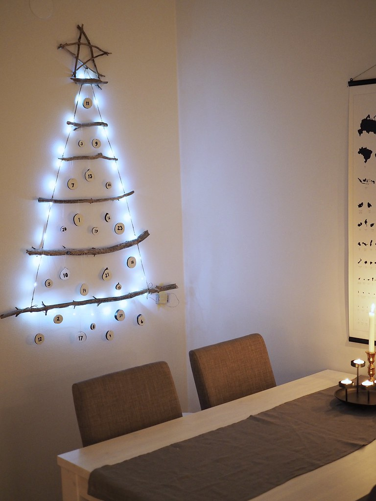 joulukalenteri puunoksista