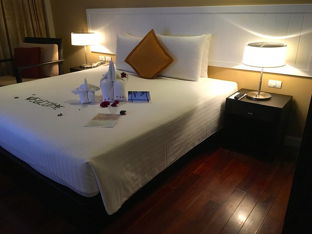 Novotel Phuket, Surin Beach Resort Thailand  3
