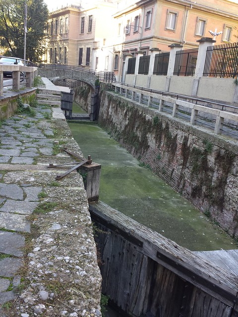 Porte Vinciane on the course of the old canal in Milan